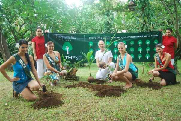 Miss Earth candidates join The Treetment Project